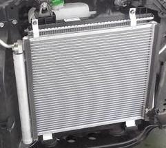 エアコン コンデンサー 修理